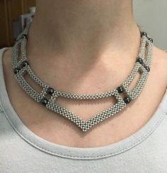 Glow Necklace, A Brilliant Glow Jewelry Item Seed Bead Necklace, Seed Bead Jewelry, Bead Jewellery, Diy Necklace, Beading Jewelry, Monogram Necklace, Diy Earrings, Jewelry Rings, Beaded Necklace Patterns