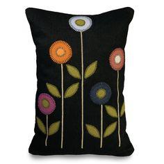 Vertical Penny Flower Pillow | Sturbridge Yankee Workshop