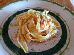 Pasta con salmón y nata - Pasta Fetuccinis con salmón ahumado, nata y vodka - Fettuccine al salmone e vodka - Pasta with smoked salmon and vodka cream sauce