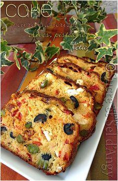 cake poivrons, chorizo,olives pistaches