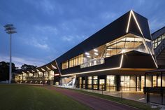 Gallery of Glasshouse Community and Function Centre / Croxon Ramsay - 1