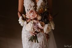 : Beautiful, luxurious and intimate greenery wedding in Cape Town, South Africa by Happinest Weddings and Bouwer Flowers. Image by Page & Holmes. Wedding Coordinator, Wedding Planner, Destination Wedding, Unique Weddings, Real Weddings, Luxury Wedding, Our Wedding, Industrial Wedding, Floral Style