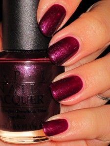 Would be nice if my nails were as perfect as these! But mine keep breaking...