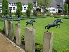 I want that awesome horse sculpture set. Dream Stables, Dream Barn, Horse Stables, Horse Barns, Horse Barn Plans, Equestrian Decor, Equestrian Style, Backyard Fences, Yard Fencing