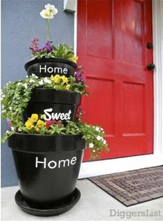 Home Sweet Home pots for the front porch.but I still love my topsy turvey clay pots in my front yard. Diy Planters, Garden Planters, Planter Ideas, Porch Planter, Black Planters, Outdoor Planters, Decorative Planters, Outdoor Decor, Container Gardening