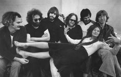 vintage everyday: The Grateful Dead in Boston, with singer Donna Jean Godchaux, 1977