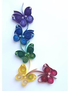 Paper Quilling Cards, Paper Quilling Flowers, Paper Quilling Jewelry, Origami And Quilling, Quilled Paper Art, Paper Quilling Designs, Quilling Butterfly, Arte Quilling, Quilling Craft