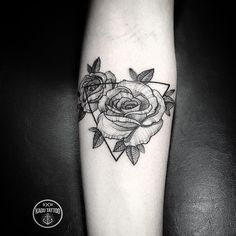 Roses tattoo by Kadu