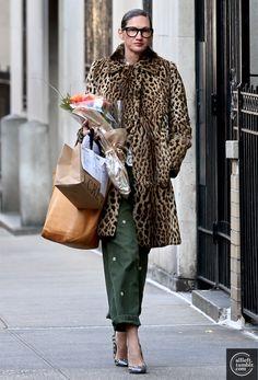 J crew leopard coat. Coco Fashion, Star Fashion, Daily Fashion, Mommy Style, Style Me, Leo Print, Jenna Lyons, Leopard Coat, Looks Street Style