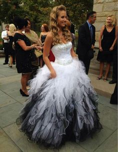 Beaded Tiered Wedding Dress Ruffles Sweetheart Bridal Gown Princess Custom Made