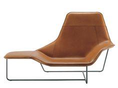 Upholstered lounge chair LAMA 921 by Zanotta