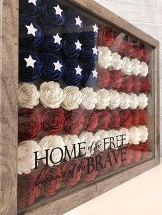 Here are the Diy Crafty Decor Tips. This article about Diy Crafty Decor Tips was posted under the Decoration category. Patriotic Crafts, July Crafts, Patriotic Decorations, Diy And Crafts, Paper Crafts, Decor Crafts, Patriotic Party, Birthday Decorations, Flower Shadow Box