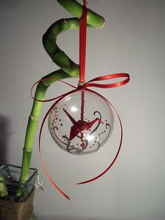 Origami Crane Ornament by Sarinilli on DeviantArt Origami Christmas Ornament, Christmas Diy, Christmas Bulbs, Origami Cranes, Paper Cranes, Holiday Fun, Holiday Decor, Glass Ornaments, Diy Crafts