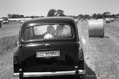 sposi con cab inglese #matrimonio #latina #fossanova  #frosinone #terracina #tempiodigiove #ristorantelacapannina #tramonto #sabaudia #sposi  #sposi #festa #sposa #sposo
