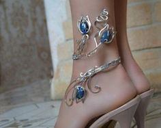 Tendance Bracelets anklet anklet bangle body jewelry foot piece leg bracelet ankle jewelry silver jewellry copper jevelry is part of Body jewelry Design - 2017 Description Hey, I found this really awesome Etsy listing at Copper Jewelry, Wire Jewelry, Body Jewelry, Jewelry Crafts, Jewelery, Flower Jewelry, Gold Jewellery, Flower Rings, Diamond Jewelry