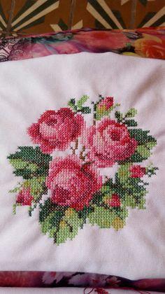 Home Decor ideas &Home Garden & Diy Cross Stitch Landscape, Cross Stitch Rose, Crochet Baby Clothes, Pencil Art Drawings, Rose Bouquet, Cross Stitch Patterns, Needlework, My Design, Shabby