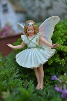 Fairy Garden Ideas and Supplies.  Shop ONLINE or visit our gift and garden boutique in Powell, OH.  Cutest selection of fairy garden supplies and plants in the state of Ohio.  It's worth the trip!