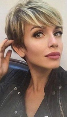 30 Most Popular Short Hairstyles For Women - Stylendesigns 23 Latest Short Hairstyles for 2019 – Hairstyle Inspirations for Everyone - Street Style Inspiration . Modern Short Hairstyles, Popular Short Hairstyles, Girls Short Haircuts, Short Hairstyles For Thick Hair, Short Hairstyles For Women, Short Hair Cuts, Short Hair Styles, Edgy Pixie Hairstyles, Long Hair