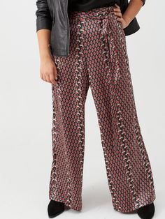 V by Very Curve Print Satin Trouser - Geo Print Satin Trousers, High Leg Boots, Long Toes, Simple Dresses, Geo, Dress Outfits, Wide Leg, Dressing, Model