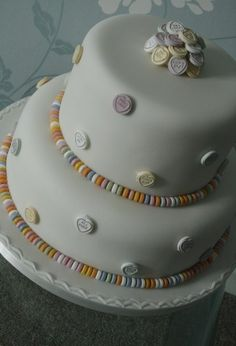 Bridal Cakes, retro wedding cake , love hearts, sweetie cake, love it!