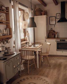 Cozy Kitchen, Home Decor Kitchen, Country Kitchen, Kitchen Interior, Home Interior Design, Home Kitchens, Kitchen Ideas, Kitchen Island, Dream Home Design