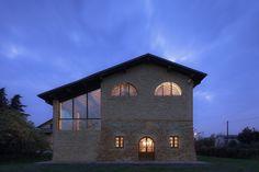 Ancient Farm Renovation / Studiomas architetti