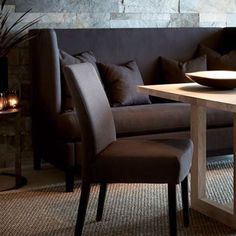 Tylor spisesofa, Oliver stol og Alexander spisebord. Alt med 10% rabatt i Norge i januar.