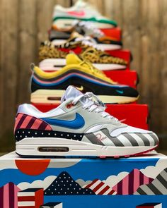Leading on from earlier post here is my 2018 top 5 pick ups so far! More to come plus the special one bespoke. Soon Come you cant rush greatness! Parra SW Atmos Animal 2018 What the Safari WaterMelon GR Baby Sneakers, Custom Sneakers, Air Max Sneakers, Shoes Sneakers, Sneaker Posters, Zapatillas Nike Air, Sneakers Wallpaper, Streetwear, Sneaker Art