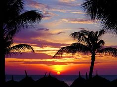 Awwwww mannnnn #aioutlet nights like this I want to see the sunset on #Aruba beach.