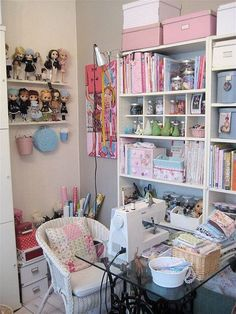 corner I want my sewing room to look like this!I want my sewing room to look like this! Sewing Spaces, My Sewing Room, Sewing Rooms, Sewing Room Organization, Craft Room Storage, Craft Rooms, Organizing, Space Crafts, Home Crafts