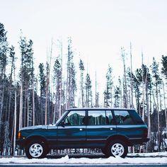 Brilliant color on this Range Rover Classic.