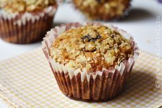 muffins cu banane si fulgi de ovaz Muffins, Deserts, Breakfast, Food, Banana, Bebe, Morning Coffee, Muffin, Essen