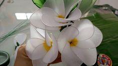 ดอกไม้ลีลาวดีจากผ้าใยบัว
