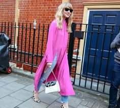 Dresses Over Trousers: Yay Or Nay? Dress Over Pants, We Wear, How To Wear, Modern Fashion, Fashion Trends, Spring Dresses, Fashion Pants, Trousers, Street Style