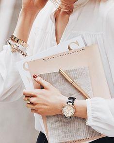 住宅驗收清單 輕鬆自製住宅驗收清單 Chanel Watch Office Fashion Business Women
