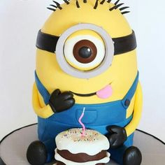 Awesome despicable me cake!