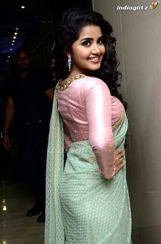 Indian Bollywood Actress, Beautiful Bollywood Actress, Indian Actresses, Indian Actress Images, Indian Girls Images, Beautiful Girl Indian, Most Beautiful Indian Actress, Anupama Parameswaran, Beauty Full Girl