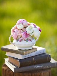 another books and tea centerpiece idea
