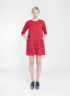 Paletti by Marimekko Marimekko Dress, Scandinavia Design, Cool Gifts, Pattern Fashion, I Dress, Fashion Bags, Pilates, Raspberry, T Shirt