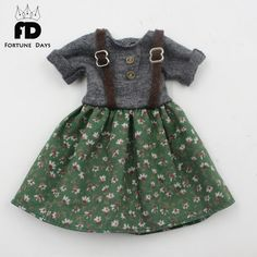 Free shipping green dress gray dress suspender skirt with Button suitable blyth doll