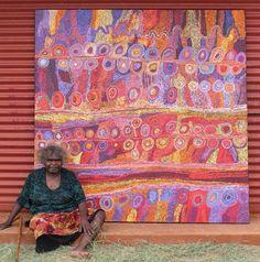 """Wawiriya Burton, Australian Aboriginal artist from Pipalyatjara who is also a ngangkaṟi (traditional healer) Aboriginal Art Australian, Indigenous Australian Art, Indigenous Art, Australian Artists, Aboriginal Patterns, Aboriginal Painting, Aboriginal Artists, Art Alevel, Street Art"