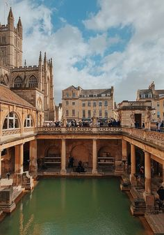 Visiting Bath, England – Honestly WTF