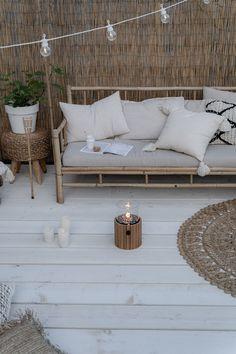 Porch And Balcony, Small Balcony Decor, Outdoor Spaces, Outdoor Living, Outdoor Decor, Home Building Design, Patio Design, Garden Furniture, Diy Home Decor