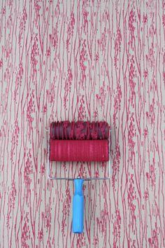 Rullo di vernice fantasia nella venatura del legno di NotWallpaper, $37.00