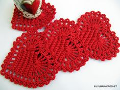 Crochet Heart Pattern INSTANT DOWNLOAD. Valentines Day Crochet Gift Idea. Crochet Pattern For Valentines Day. Beautiful design crochet coasters Easy TUTORIAL CROCHET PATTERN with written instructions in American crochet terms, with tutorial pictures showing the stitches row by row made it so much easier to work with the pattern even for the beginner. Skill Level: Easy. Finished Size approximately: 4.5 in (11.5 cm). Materials needed: crochet hook 2.5 mm (B-1, C), cotton yarn 4 ply. ♥ The…