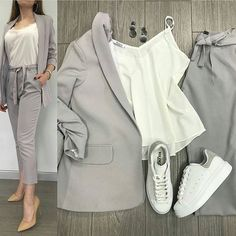 The latest fashion accessories and how to match them with your outfit Casual Work Outfits, Blazer Outfits, Business Casual Outfits, Professional Outfits, Mode Outfits, Work Attire, Work Casual, Classy Outfits, Chic Outfits
