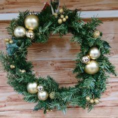 Diy Wreath, Christmas Wreaths, Inspiration, Crown Flower, Biblical Inspiration, Wreaths Crafts, Diy Garland, Inspirational, Inhalation