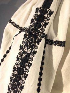 Folk Embroidery, Embroidery Designs, Folk Clothing, Folk Costume, Folk Art, Diy And Crafts, Textiles, Popular, Traditional