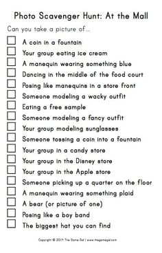 Photo scavenger hunt at the mall - great for rainy summer days!  #summerfun