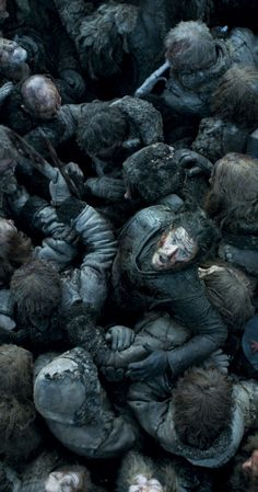 """Game of Thrones"" Season 6 - most horrifying moment in this show. Amazing cinematography, acting and writing."